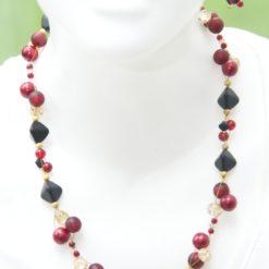 Colier Kette mit roten, schwarzen und goldenen Perlen