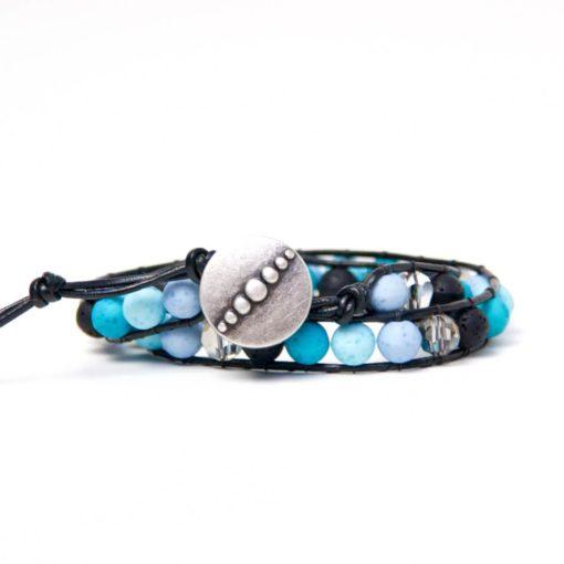 Wickelarmband aus Leder mit blauen und türkisen Polaris Perlen