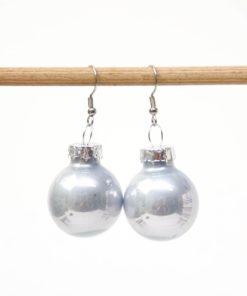 Weihnachtliche Christbaumkugel Ohrhänger Graublau - Edelstahl