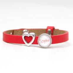Rotes Lederarmband mit Wunschtext und Herz - Farbwahl
