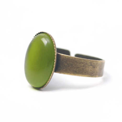Bronzener Cateye Ring Oval in olive grün