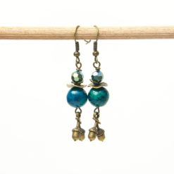 Vintage Ohrringe Bronze mit grünen Perlen und Eicheln