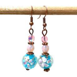 Vintage Ohrringe Kupfer mit Lampwork Glasperlen in rosa und blau