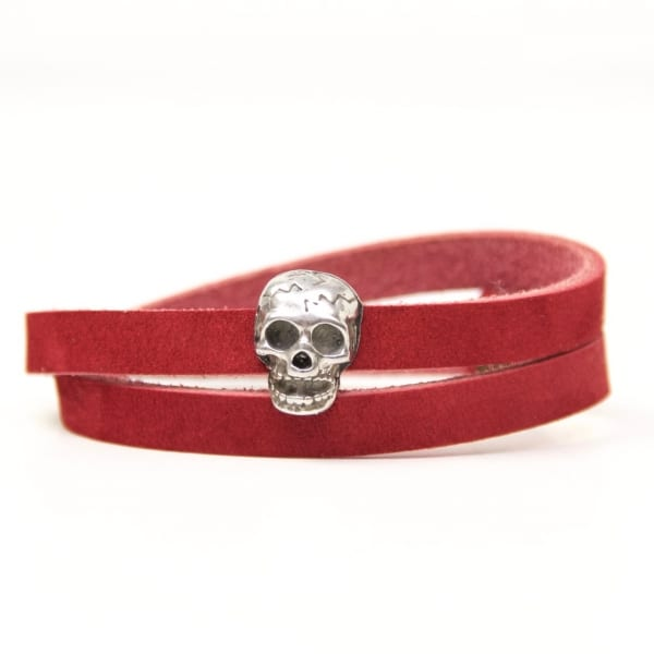 Wickelarmband aus Leder in rot mit gruseliger 3D Totenkopf Schiebeperle