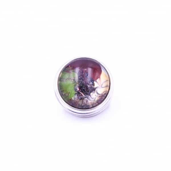 Druckknopf handbemalt in braun und gruen gemustert