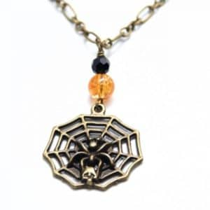 Halloween Kette Spinnennetz mit Totenkopf