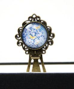 Lesezeichen Klammer blaue Blumen mit Zitronenfalter