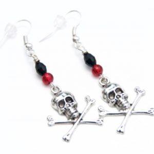 Totenkopf Ohrhänger in Rot und Schwarz