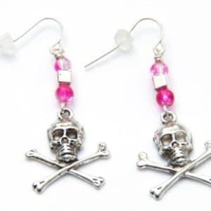 Totenkopf Ohrhänger in Pink und Schwarz