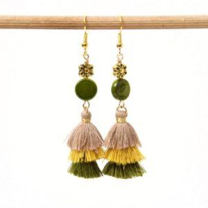 Lange Quasten Ohrringe in grün und gelb