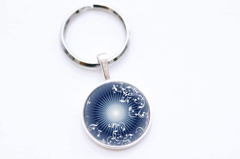 Schlüsselanhänger dunkelblaues Ornament