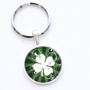 Schlüsselanhänger Glücksbringer Kleeblatt grün