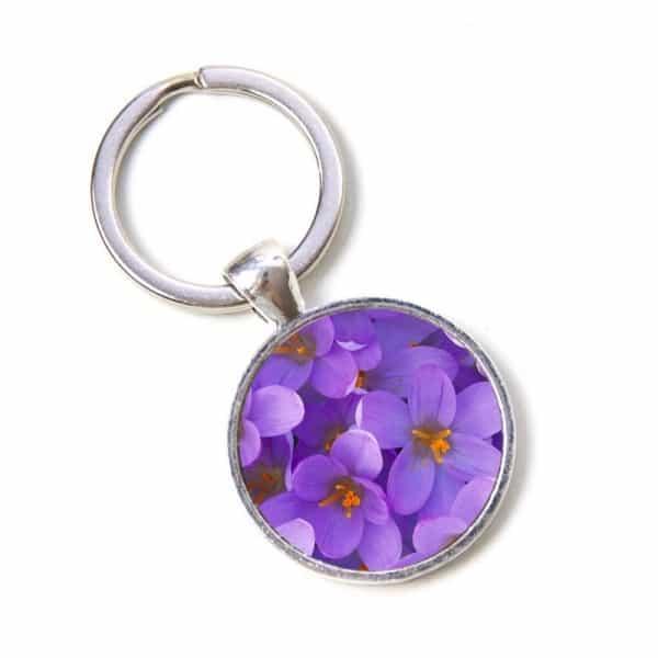 Schlüsselanhänger violette Blumen