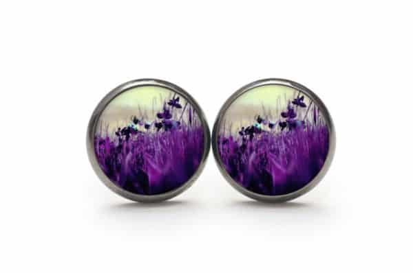 Druckknopf / Ohrstecker / Ohrhänger violette Wiese mit Blumen