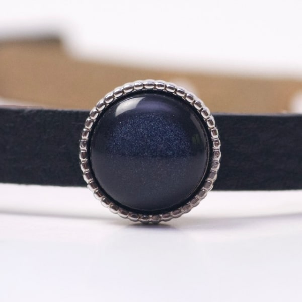 Schiebeperle mit dunkelblau glänzender Polaris Perle