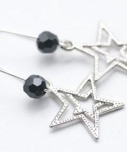 Zarte Stern Ohrhänger mit schwarzer Perle