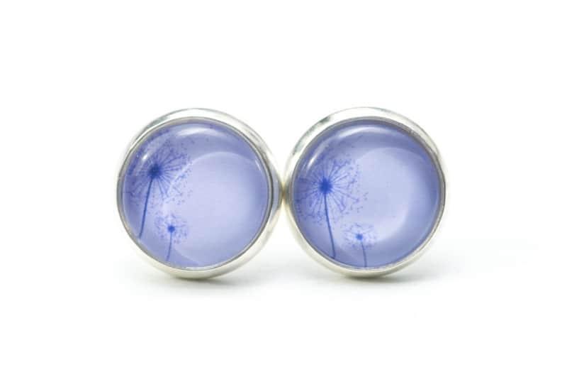 Druckknopf / Ohrstecker / Ohrhänger zwei zarte Pusteblume in hellem jeans Blau